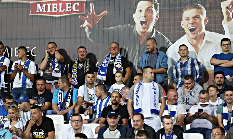 FKS Stal - Ruch Chorzów011