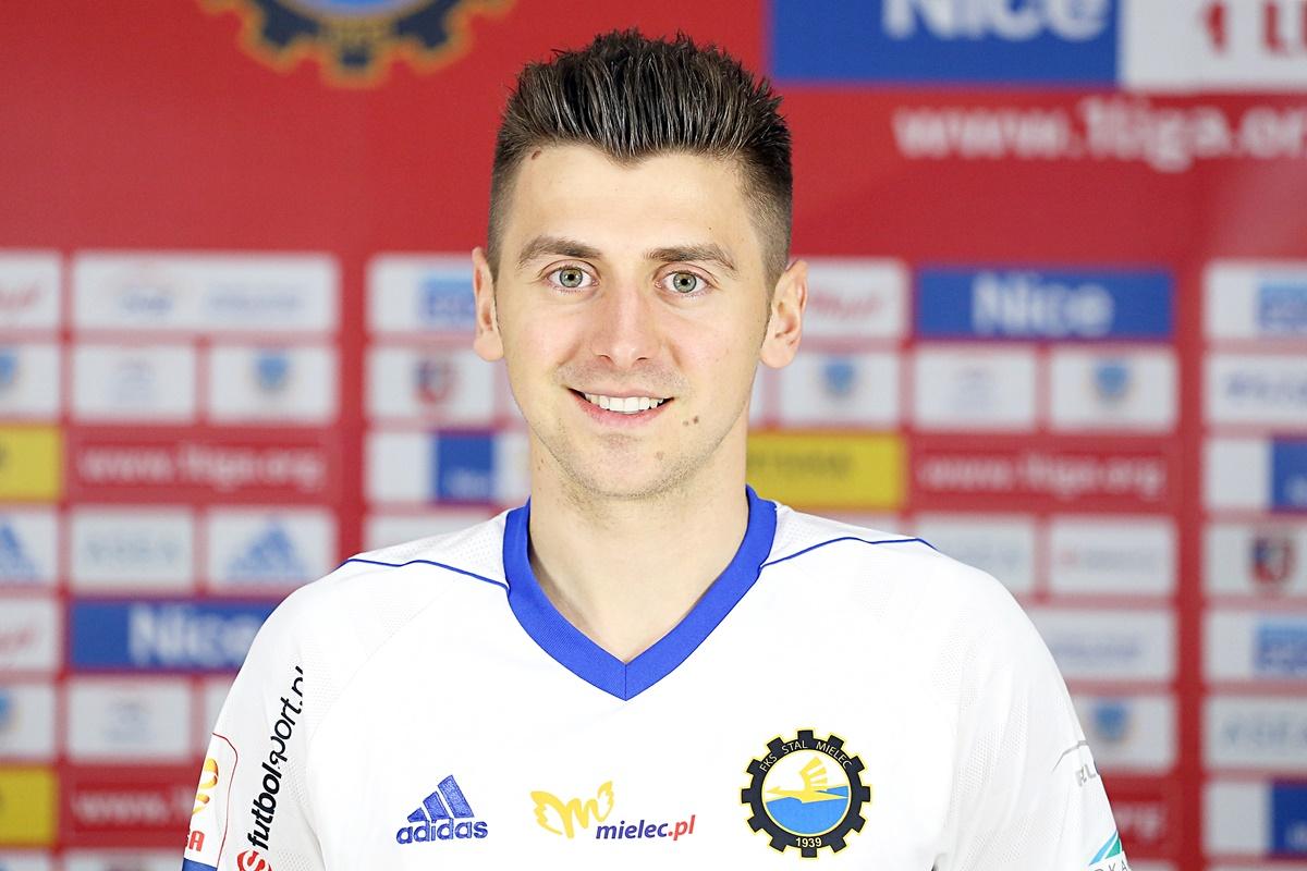 17. Bartosz Nowak 25.08.1993 180cm/74kg